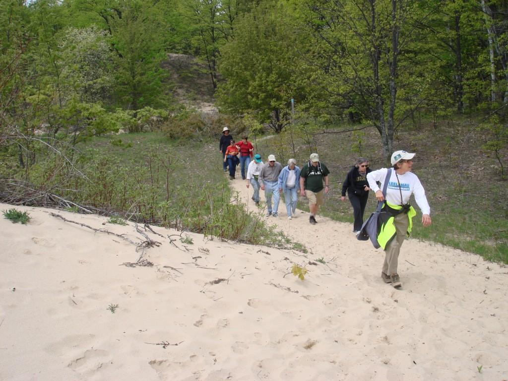 oriel-hikers1