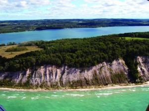 Caly Cliffs