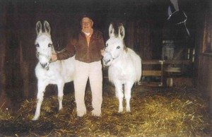 Ben Hohnke with burros