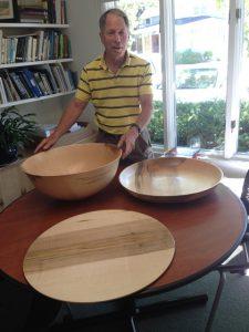 Watt with 3 bowls in office