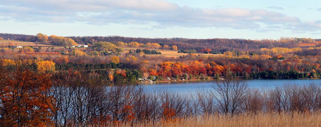 petrat-trish-fall-clay-cliffs-lake-leelanau-panoramaweb